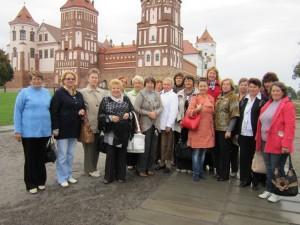 инициативная группа пожилых людей «Залесянка» организовала увлекательную и познавательную экскурсию в Мирский и Несвижский замки
